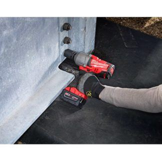 Milwaukee 2764-22 M18 Fuel Impact Wrench Kit - Friction Ring In Use 1