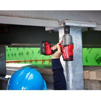 Milwaukee 2764-22 M18 Fuel Impact Wrench Kit - Friction Ring In Use 2