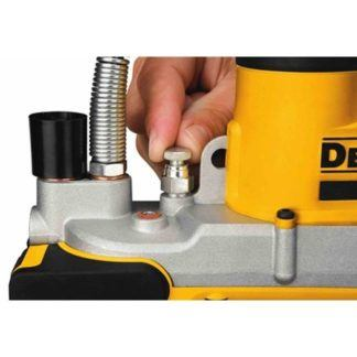 DeWALT DCGG571M1 20V Grease Gun 4