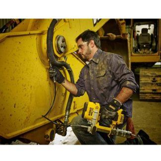 DeWALT DCGG571M1 20V Grease Gun In Use 4