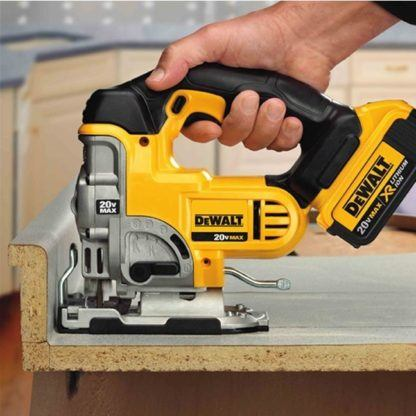 DeWalt DCS331B 20V Jig Saw In Use 1