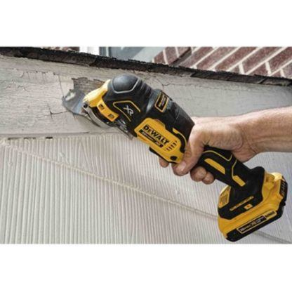 DeWalt DCS355B 20V Oscillating Multi-Tool In Use 4