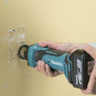 Makita DCO180Z 18V Cordless Drywall Cutout Tool In Use