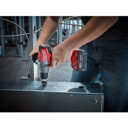Milwaukee 2704-20 M18 FUEL Hammer Drill Driver In Use 4