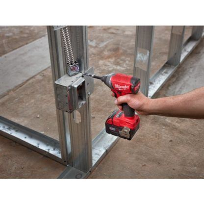 Milwaukee 2753-20 M18 FUEL Hex Impact Driver In Use 3