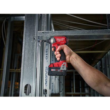 Milwaukee 2753-20 M18 FUEL Hex Impact Driver In Use 4
