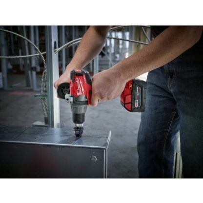 Milwaukee 2703-22 M18 FUEL Drill Driver Kit In Use 4