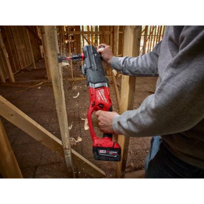 Milwaukee 2711-20 M18 FUEL SUPER HAWG Right Angle Drill In Use 3