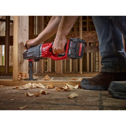 Milwaukee 2711-20 M18 FUEL SUPER HAWG Right Angle Drill In Use 4