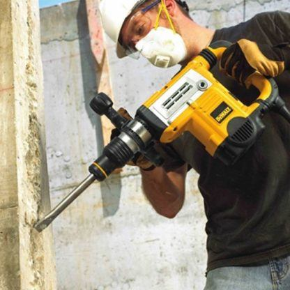 DeWalt D25831K SDS Max Demolition Hammer 3