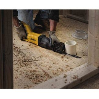 DeWalt DWE305 12 Amp Reciprocating Saw 2