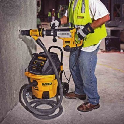 DeWalt DWH053K Large Hammer Dust Extraction - Chiseling 3