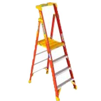 Werner PD6204CA 4FT Type IA Fiberglass Podium Ladder