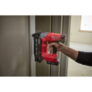 Milwaukee 2741-21CT M18 FUEL 16ga Straight Finish Nailer Kit In Use 1