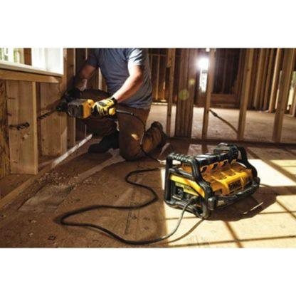 DeWalt DCB1800M3T1 1800 Watt Portable Power Station Kit 2