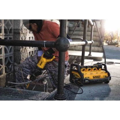 DeWalt DCB1800M3T1 1800 Watt Portable Power Station Kit 3