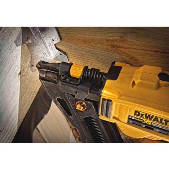Dewalt Dcn693m1 20v Max Metal Connector Nailer Kit Bc