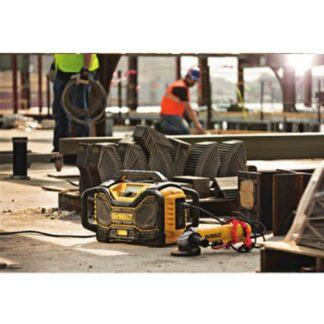 DeWalt DCR025 Jobsite Bluetooth Radio Charger 3