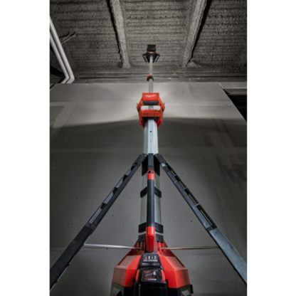 Milwaukee 2135-20 M18 ROCKET LED Tower Light & Charger In Use 2