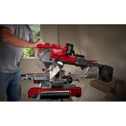 Milwaukee 2734-21HD M18 FUEL Dual Bevel Sliding Compound Miter Saw Kit In Use 1