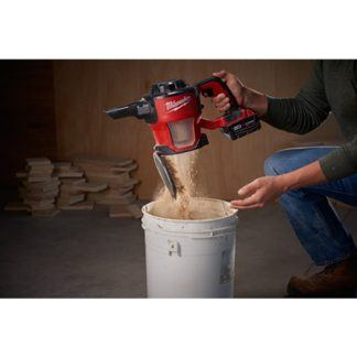 Milwaukee 0882-20 M18 Compact Vacuum In Use 4