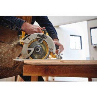 DeWalt DCS570P1 20V Max Brushless Circular Saw Kit 3
