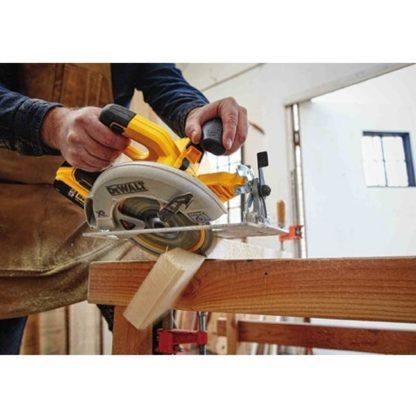 DeWalt DCS570P1 20V Max Brushless Circular Saw Kit 5