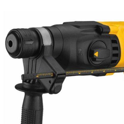 Dewalt DCH133M2 20V Max XR Brushless D-Handle Rotary Hammer Kit 8