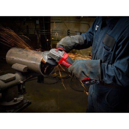 Milwaukee 2783-22HD M18 FUEL Braking Grinder High Demand Kit In Use 4
