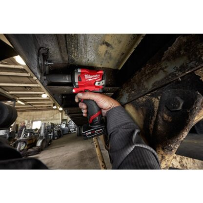 Milwaukee 2555P-20 M12 FUEL Stubby Impact Wrench with Pin Detent 3