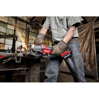 Milwaukee 2981-20 M18 FUEL 4-1/2? - 6? Braking Grinder Slide Switch Lock-On - Tool Only